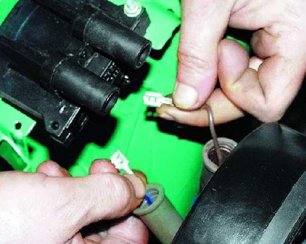 Пробивает катушка зажигания как починить и заменить