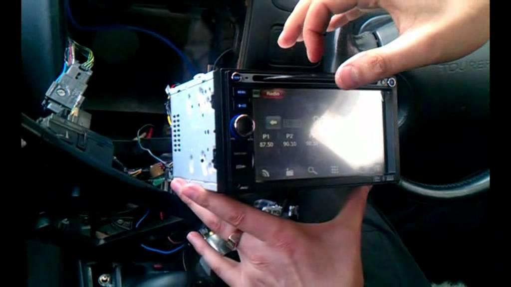 Шипит радио при включении зажигания