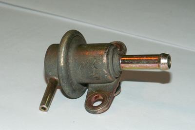 Редукционный клапан или регулятор давления