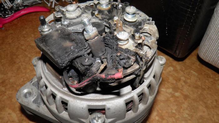 Сгорел генератор в машине
