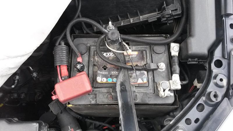 Тойота Авенсис аккумулятор
