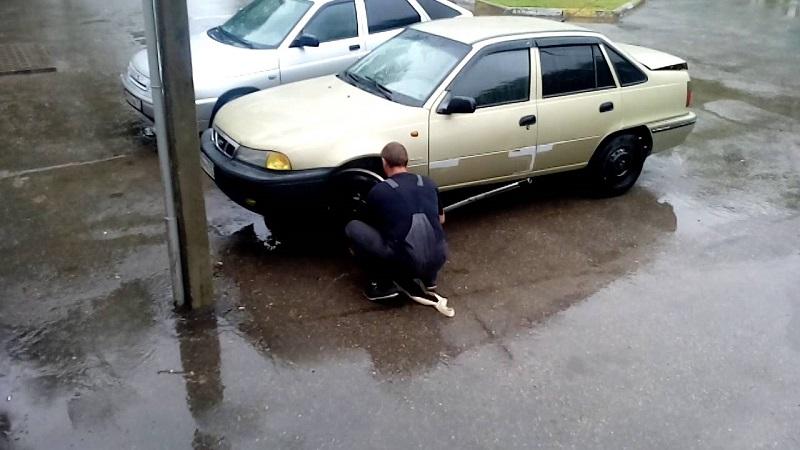 Как завести машину без стартера