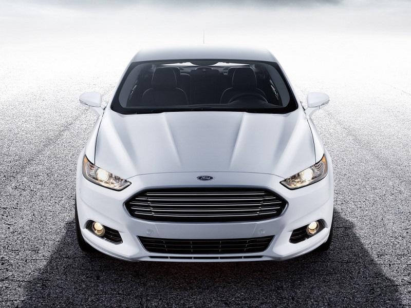 Форд Фьюжн автомобиль